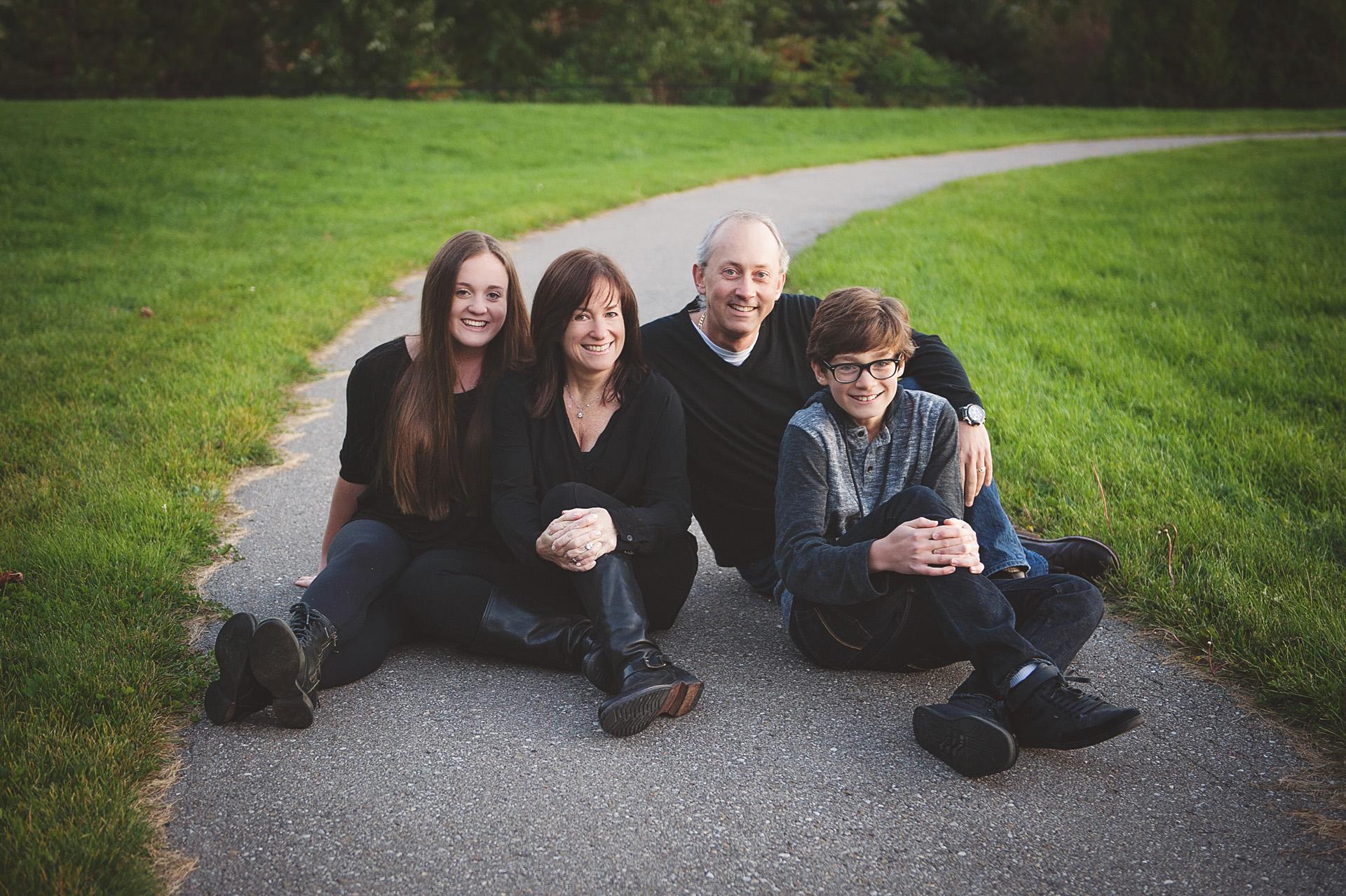 Pasternak-Family-Fall39